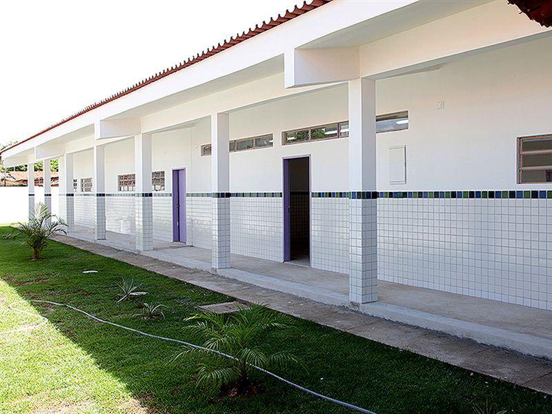 Vila Rica ganha escola municipal totalmente reformada